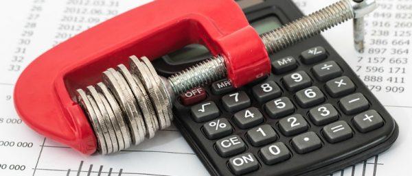 Согласно закону все задолженности подлежат списанию