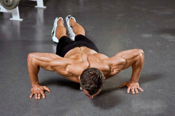 Упражнение жим лежа