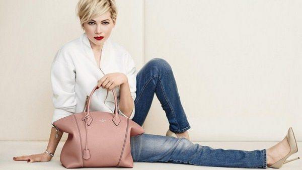Создавая модный образ не забудьте выбрать красивую сумочку