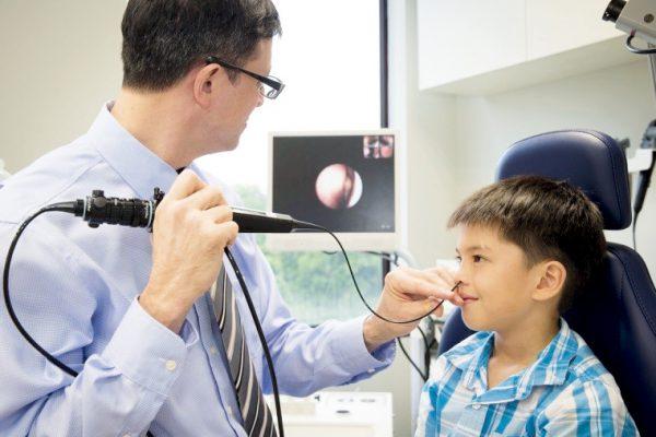 При частых кровотечениях нужно обследовать ребенка