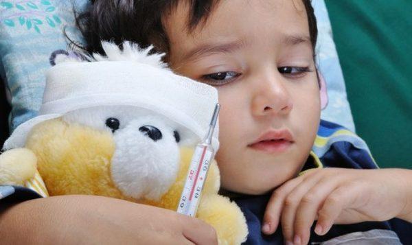 Температура у ребенка может возникать при кишечной инфекции