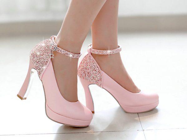 Новые модели туфель на шпильке