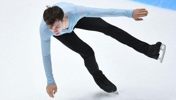 Фигурист Алиев на льду