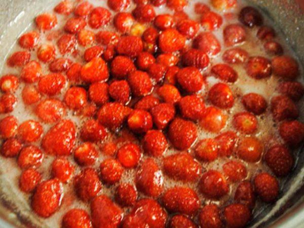 Варенье из клубники с добавлением цитрусовых фото 6