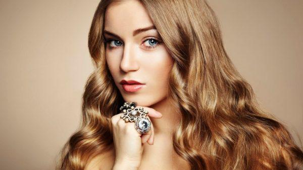 Причины сухости волос могут быть самыми разными