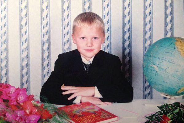 Детские фото известного хоккеиста