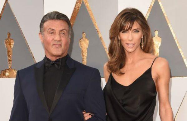Известный актер со своей супругой