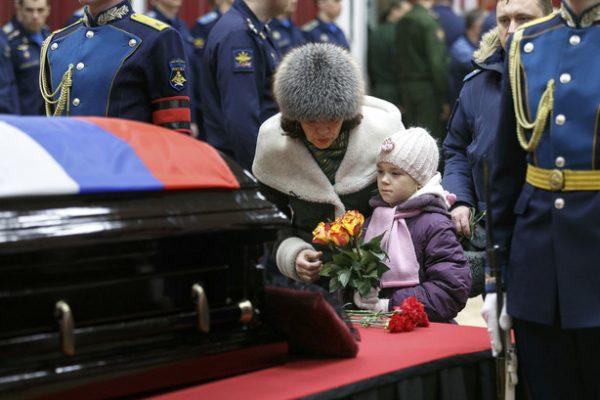 У Романа Филипова осталась жена Ольга и дочь Виктория