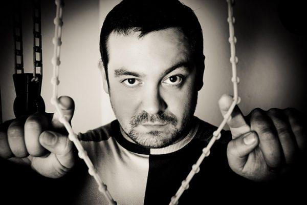 Эрик Давидыч искореняет коррупцию в органах ГИБДД