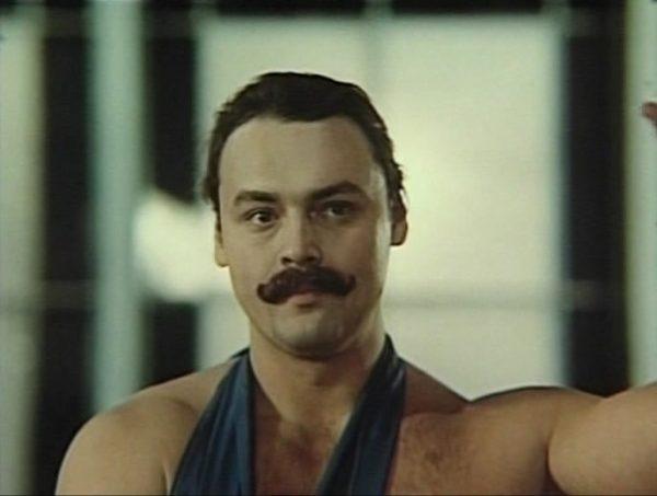 Кадр из фильма Иван Поддубный