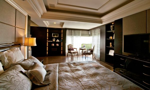 5505Sophisticated-bedroom-decor