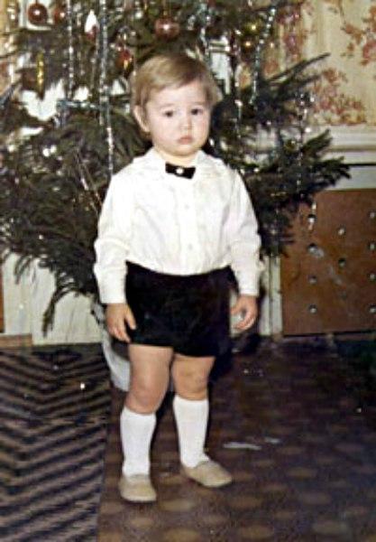 Детские фото известного спортсмена