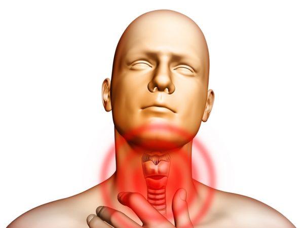 При ларингите возникает сильная боль в горле
