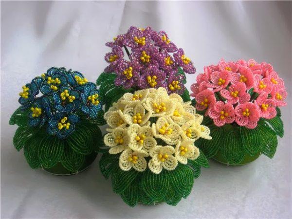 Букеты цветов из бисера