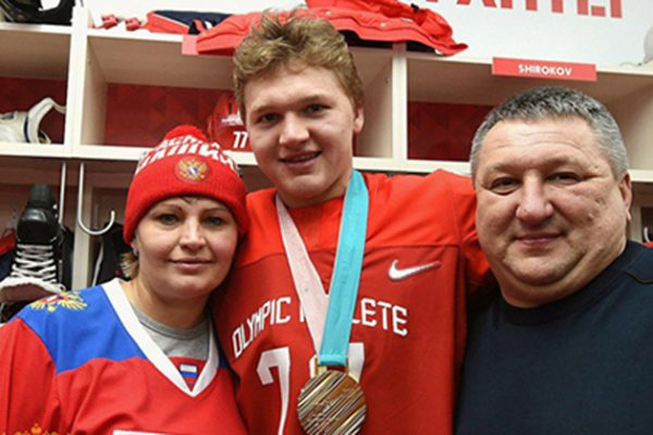 Кирилл со своими родителями