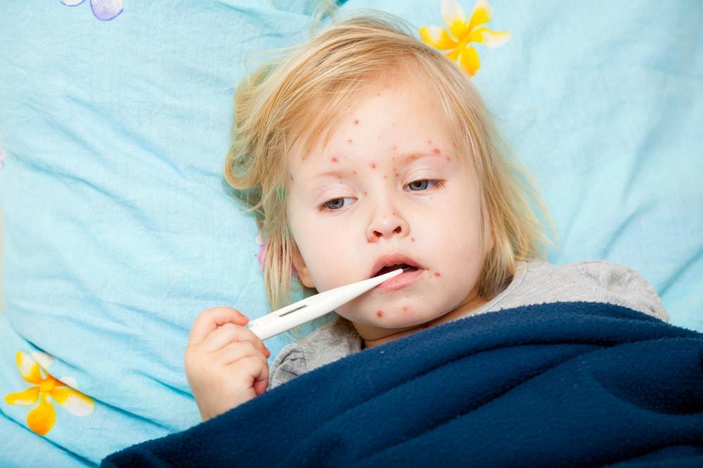 Малыш с ослабленным иммунитетом