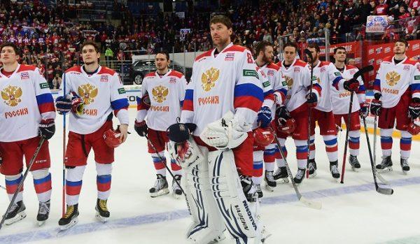 Хоккеисты сборной России Василий Кошечкин и его команда