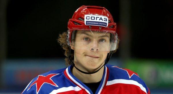 Хоккеист Никита Гусев