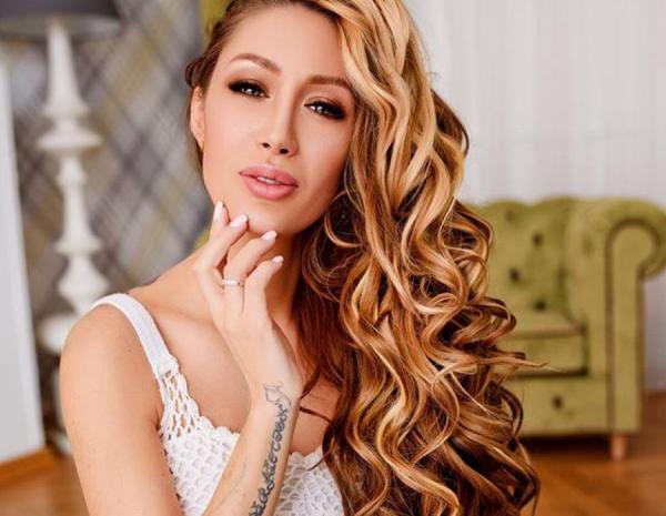 Алена Ащмарина беременна