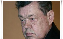 Караченцову собрали три миллиона рублей на лечение