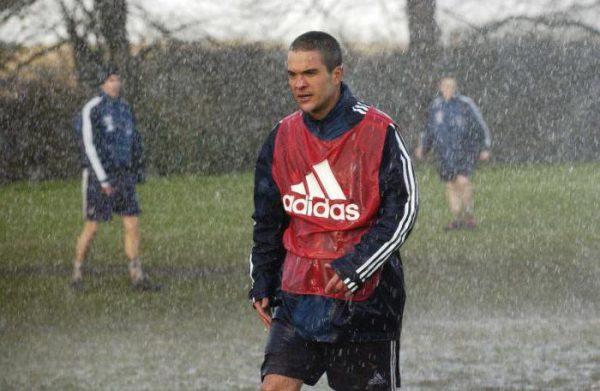 Муньес Сантьяго во время тренировки