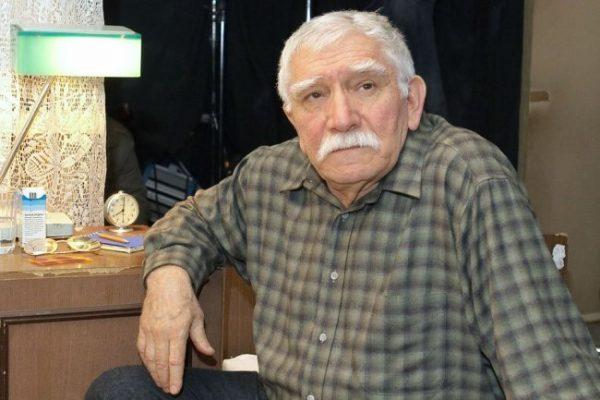 Армен Борисович Джигарханян находится в коме