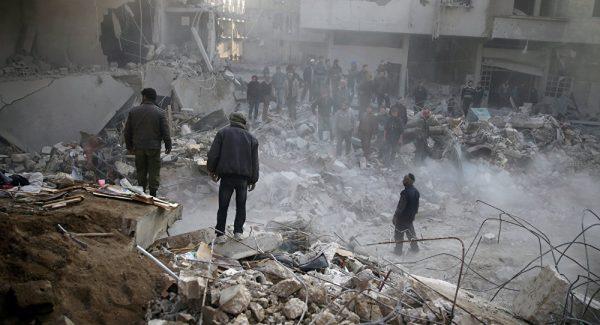 Разрушенный город Дума после авиаудара