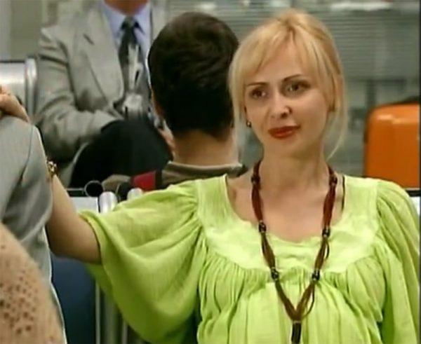 """Кадр из сериала """"Аэропорт-2"""""""