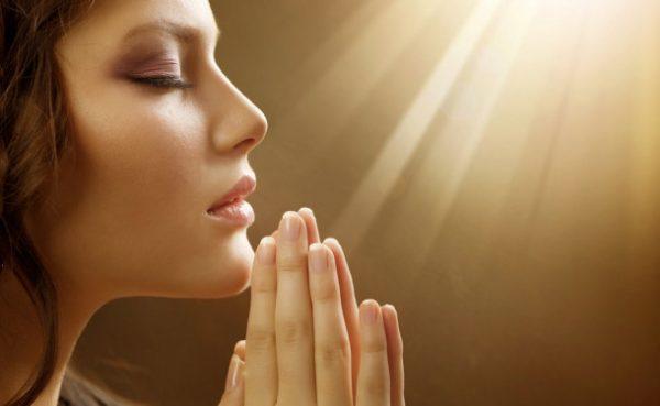 Помолитесь за умершего в церкви