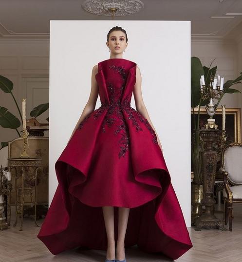 Модные платья на выпускной 2018 года, фото, новинки