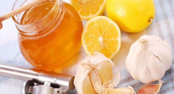 Чеснок, мед и лимоны для очищения сосудов