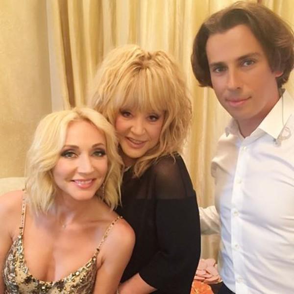 С дочерью Кристино и мужем