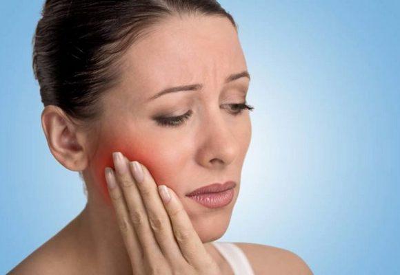 Боль в зубах из-за гингивита