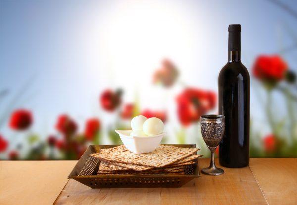 Песах, или Пасха, — самый древний из еврейских праздников
