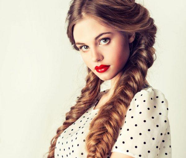 Прическа с объемными косами