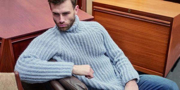 Связать мужской свитер с горловиной