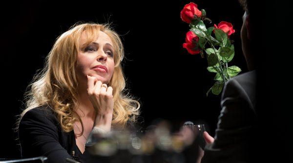 """Анжелика Волчкова в спектакле""""Подслушанное, подсмотренное, незаписанное"""""""
