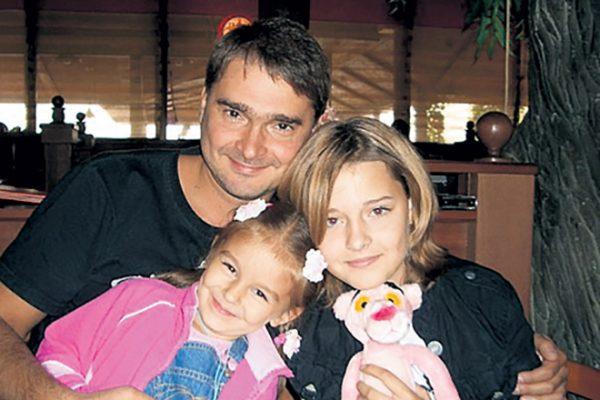Александр Жигалкин со своими детьми