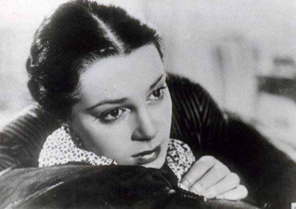 В молодости актриса была очень красивой