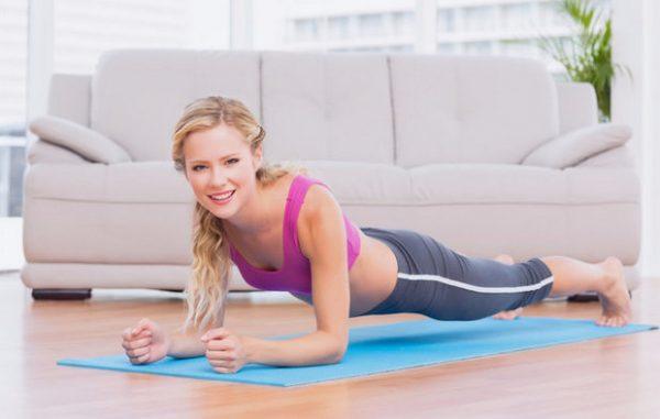 Упражнение планка во время менструального цикла