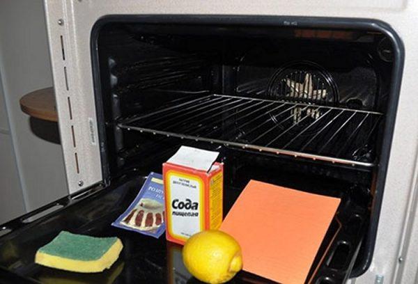 Чистка духовки лимонной кислотой и содой
