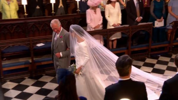 Из-за инфаркта отца Меган не было на свадьбе, поэтому под венец ее вел принц Чарльз