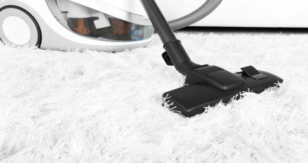 Очищение светлого ковра
