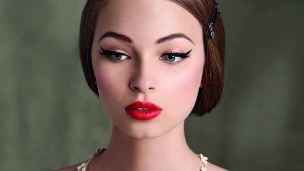 modnyj-makijazh-na-vypusknoj-31