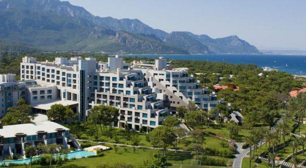Пятизвездочный отель Rixos Sungate
