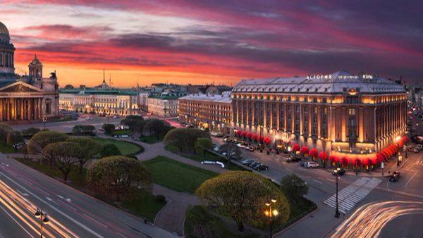 Санкт-Петербург во время белых ночей
