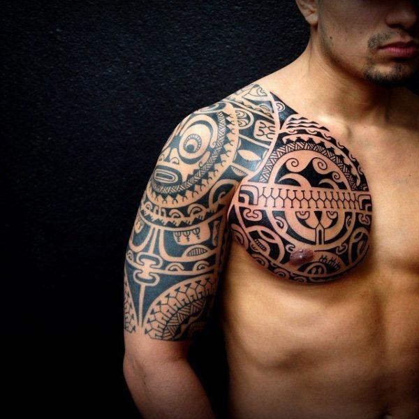 Место татуировки нужно обрабатывать антисептиком