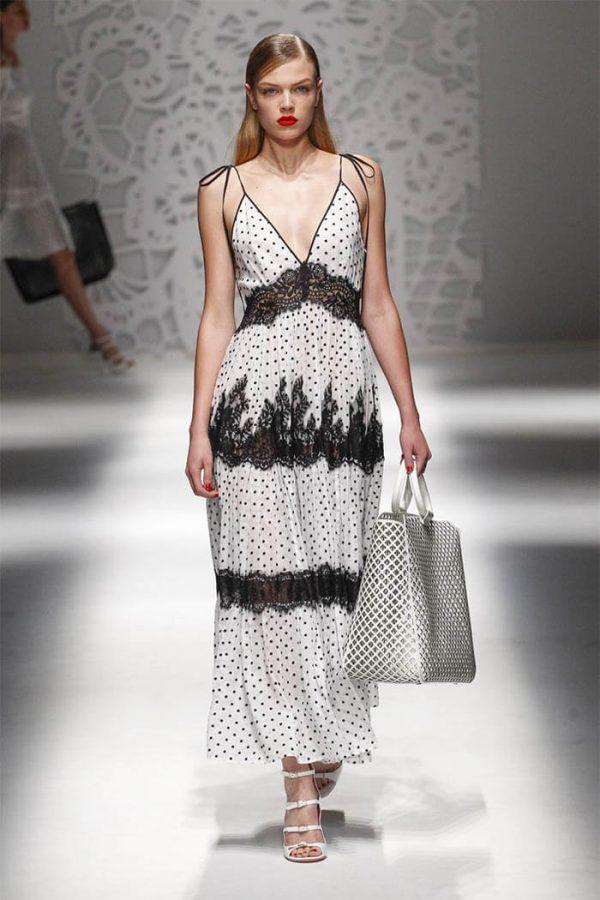 Летнее платье в бельевом стиле