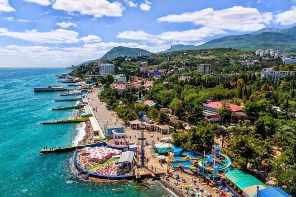 Частный сектор Крыма, набережная Алушты