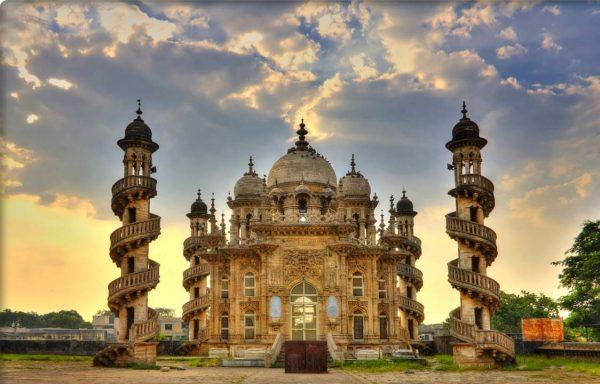 Храм Сомнатх в Индии